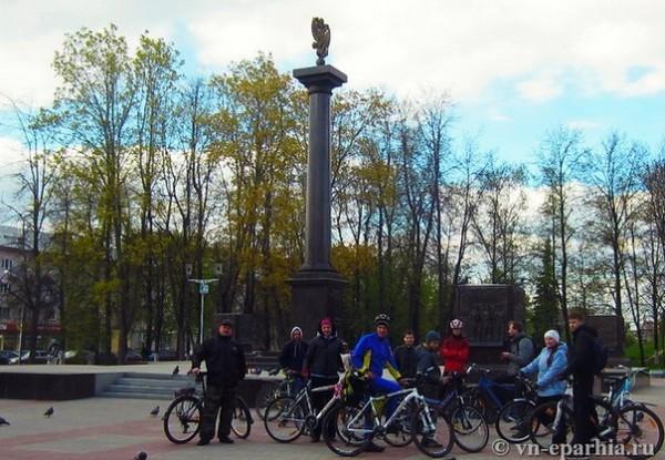Новгородская епархия организовала велопробег в честь 69-летия Победы