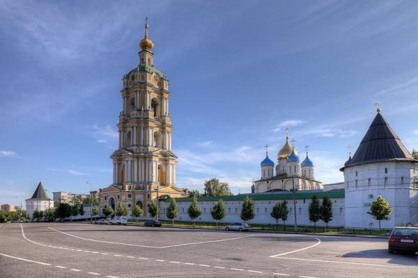В Новоспасском монастыре собрали более 60 тысяч рублей для мирных жителей Юго-Востока Украины