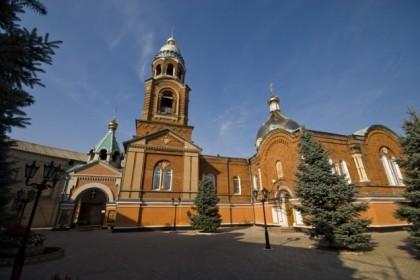 Александро-Невский кафедральный собор Славянска подвергся обстрелу