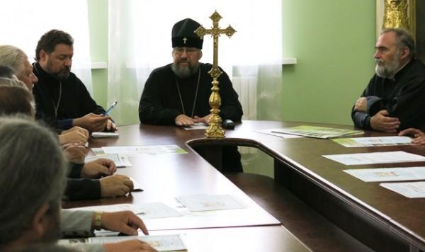Детей из восточных регионов Украины пригласили в православные детские лагеря
