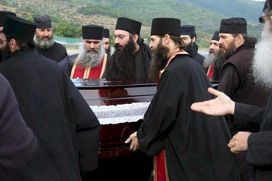Отпевание старца Моисея Святогорца (Фото)