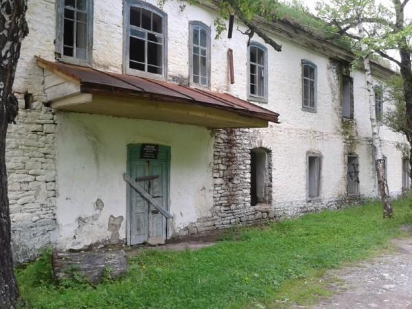 Нижне-Архызское городище. Келейный корпус XIX века