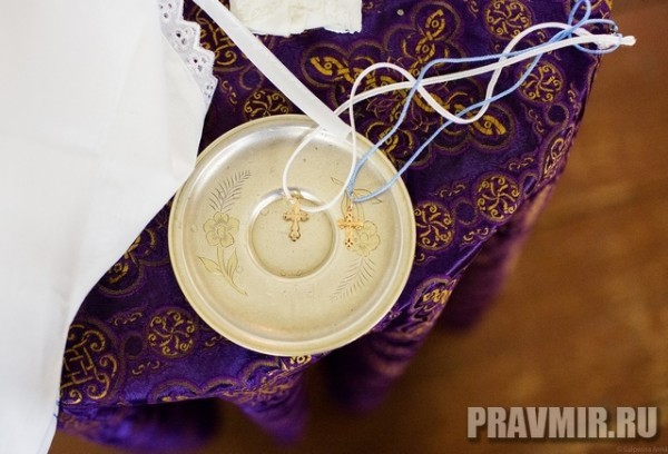 Как проходит Таинство Крещения (справка + фото + видео)