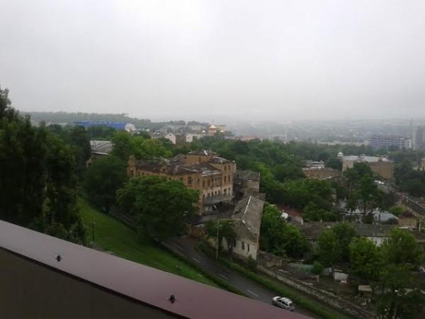 Пятигорск. Видны золотые купола Спасского кафедрального собора