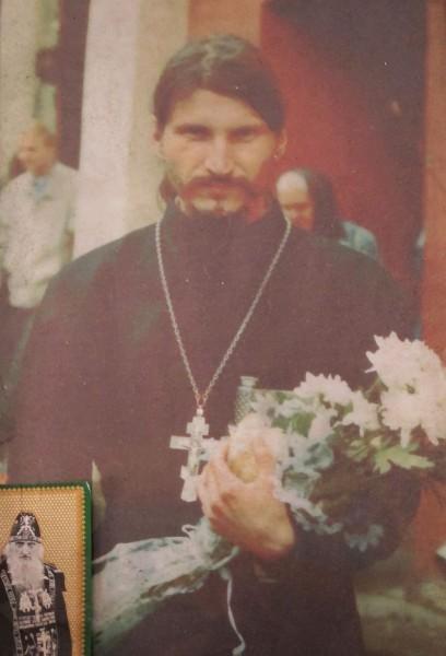 Отец Вячеслав из Лявли, помогавший матушке Надежде восстанавливать храм.