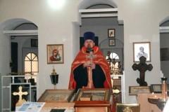 Протоиерей Роман Амплеев: Помощи Шахтинской епархии беженцы пока не просили, но мы готовы ее оказать