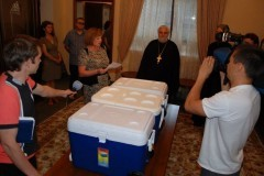 Донецкая епархия передала инсулин людям, страдающим диабетом