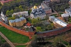 Софийский собор в Новгороде побелят традиционным способом