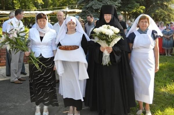 Архиерейское богослужение. 11 июня 2013 года