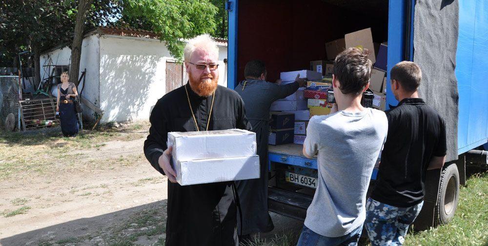От Запорожья до Казани и дальше — как Церковь помогает беженцам