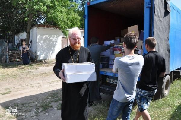 Одесская епархия помогает детям-беженцам с юго-востока Украины