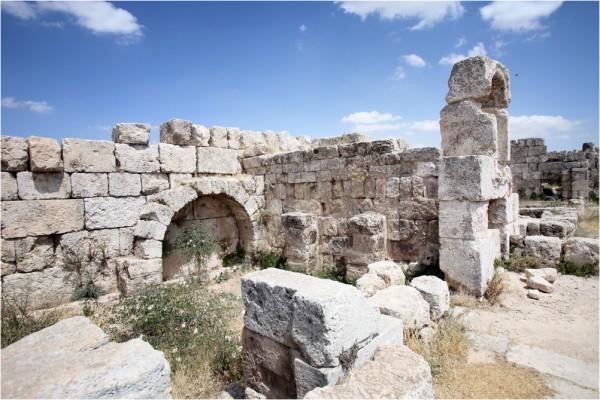 Руины дворца Аль-Каср