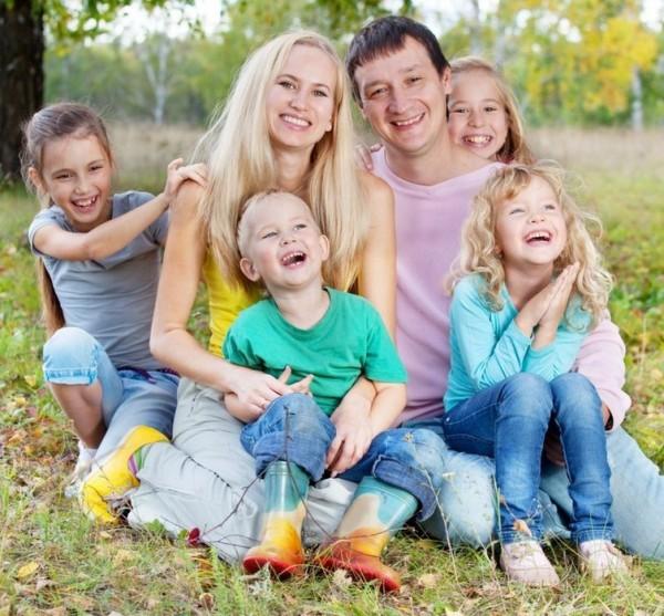 Единовременную выплату из материнского капитала увеличат до 25 тысяч рублей