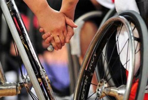 Церковь поможет семьям, которых принуждают отказаться от ребенка-инвалида