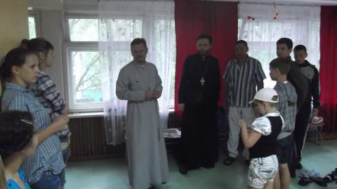 Бердянская епархия проводит акцию по расселению детей из районов боевых действий