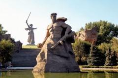 Волгоград или Сталинград – обзор мнений