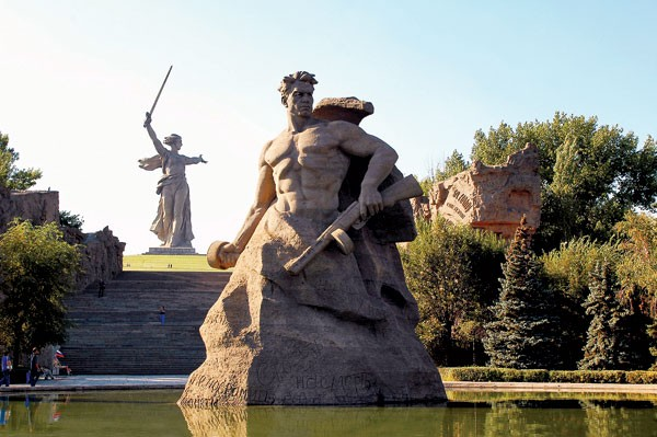 Волгоград или Сталинград — обзор мнений