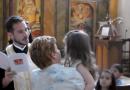 Священник из Греции отказался крестить ребенка, не получив его согласие на крещение (+ВИДЕО)