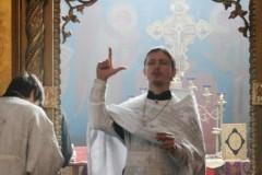 Священнослужителей научат жестовому языку