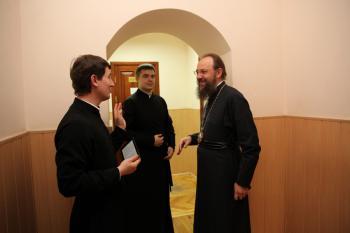 Митрополит Антоний со студентами КДАиС