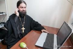 Украинская Церковь открыла телефонную линию духовной поддержки