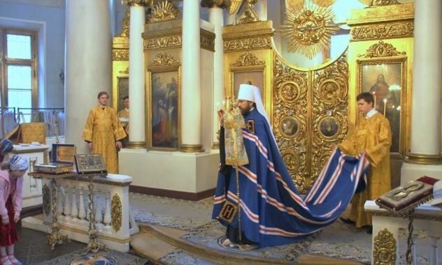 Митрополит Иларион: Задумываясь о подвиге святых, мы должны, прежде всего, помнить о том, что они были такими же людьми, что и мы с вами