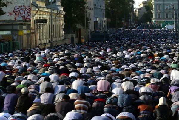 Протоиерей Александр Ильяшенко: Нам надо учиться у мусульман верности традициям