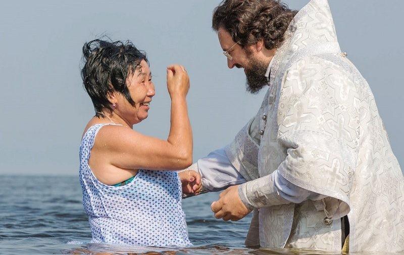 Мир как храм: Крещение, евхаристия и Лена