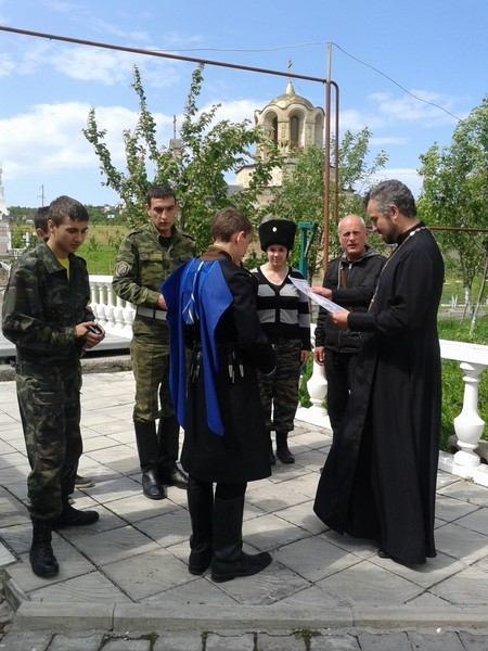 Петро-Павловский приход, Ессентуки. Иерей Андрей Сахно и ребята из казачьего клуба