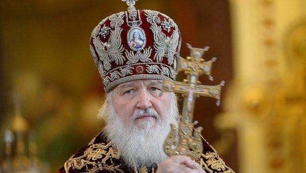 Патриарх молится о погибших в московском метро