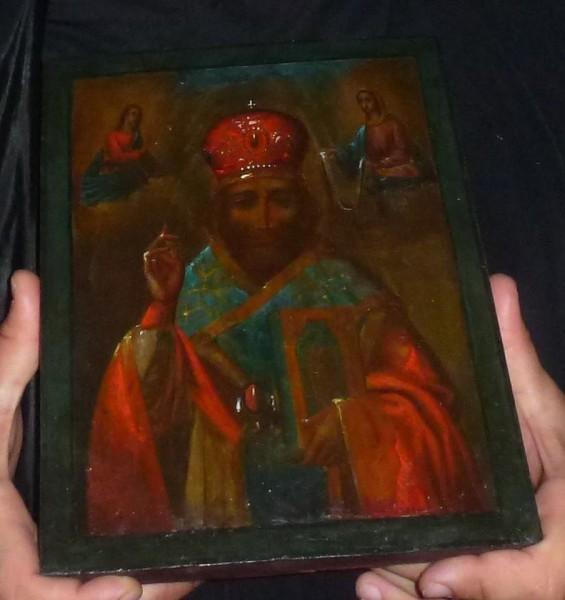 В украинском лагере для беженцев обновилась икона святителя Николая