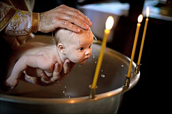 Крестить ли ребенка через «не хочу»?