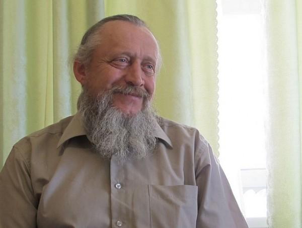 Геннадий приехал в монастырь на три дня и остался