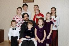 Один ребенок — эгоизм, два — антагонизм, три — начало нормальной семьи