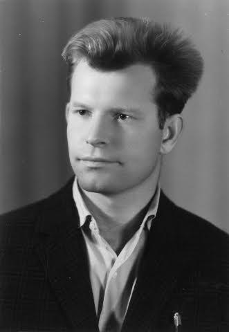 Научный сотрудник теоретического отделения ВНИИЭФ Радий Илькаев, 60-е годы.