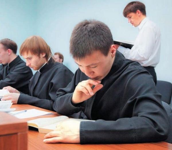 Экзамен в Якутской духовной семинарии