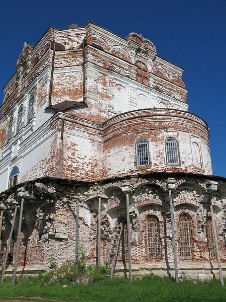 От висячей галереи Успенского храма ничего не осталось