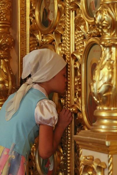 77. Крещение детей беженцев в храме в честь иконы Божией Матери «Всех скорбящих Радосте» с.Богородичное.