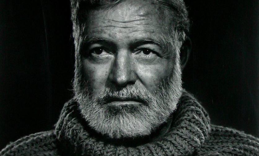 Картинки по запросу портрет хемингуэя в свитере