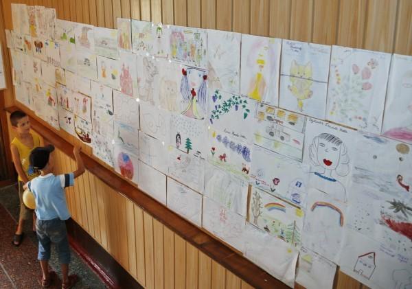 87. Галерея детских рисунков.