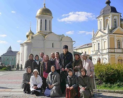 Китайцы, японцы и тибетские монахи – о самых необычных паломниках к преподобному Сергию