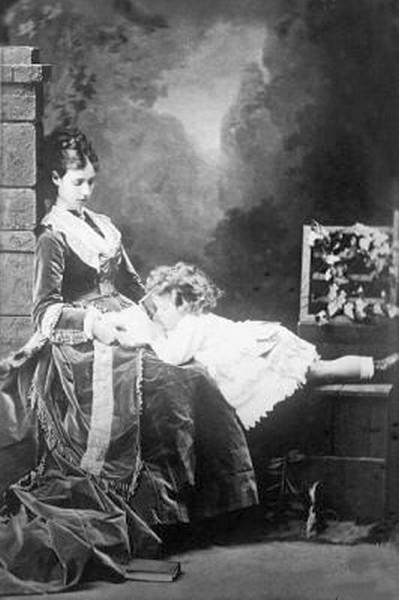 Czarina Marie with the future Czar Nikolai II.