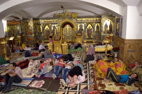 Богоявленский собор Горловки стал бомбоубежищем