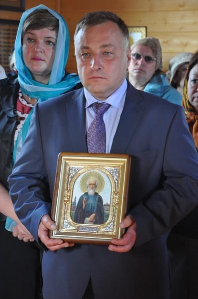 Глава поселка - Сергей Геннадиевич Бондаренко
