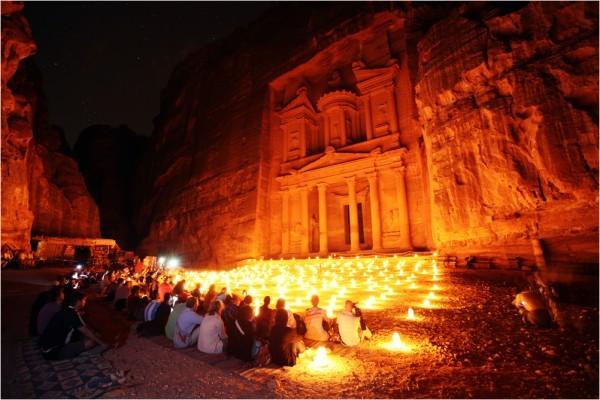 Шоу «Ночная Петра» пользуется неизменной популярностью у туристов
