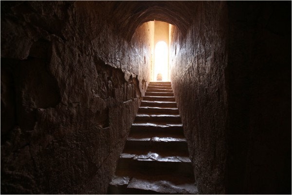 Каср-аль-Харрана, внутренняя лестница