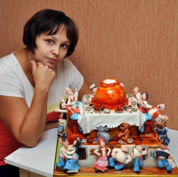 Инна с тортиком
