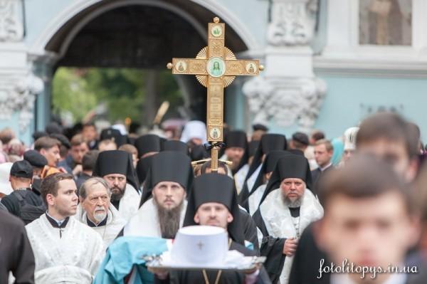 Pogrebenie_Blazhenneishego_Mitropolita_Vladimira_10