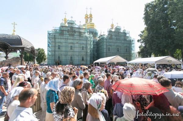 Pogrebenie_Blazhenneishego_Mitropolita_Vladimira_23