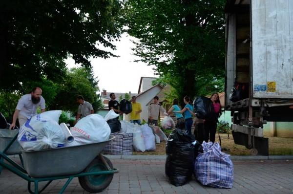 В Святогорской Лавре проживает более 500 беженцев